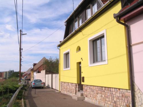Burg Apartman